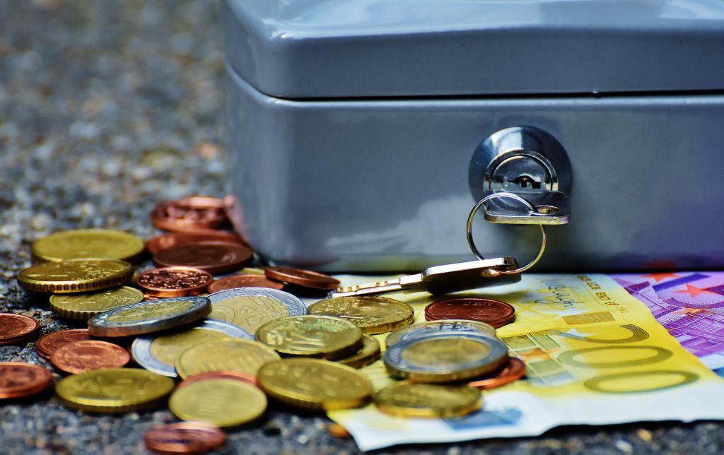 deudas financieras, deudas bancarias, deudas,