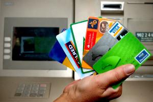 Como ahorrar en tus gastos bancarios: limitar los productos gestionar los pagos