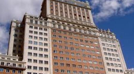 El Banco Santander vende al magnate chino Wang Jianlin el Edificio España